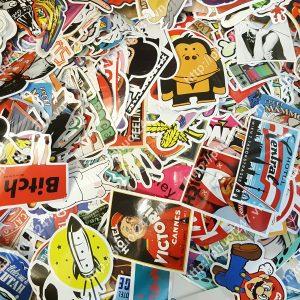 Sticker dán nón